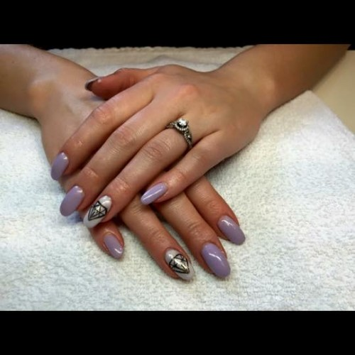 nails 1