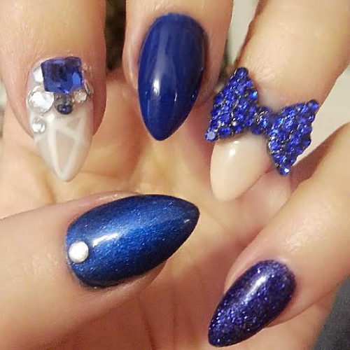 nails ash 1